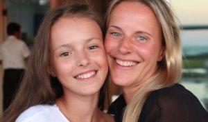 Анна Щербакова со своей мамой