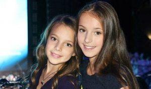 Анна Щербакова со своей младшей сестрой