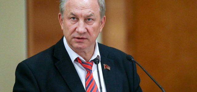 Депутат потребовал проверить рекомендации Малышевой о ношении масок